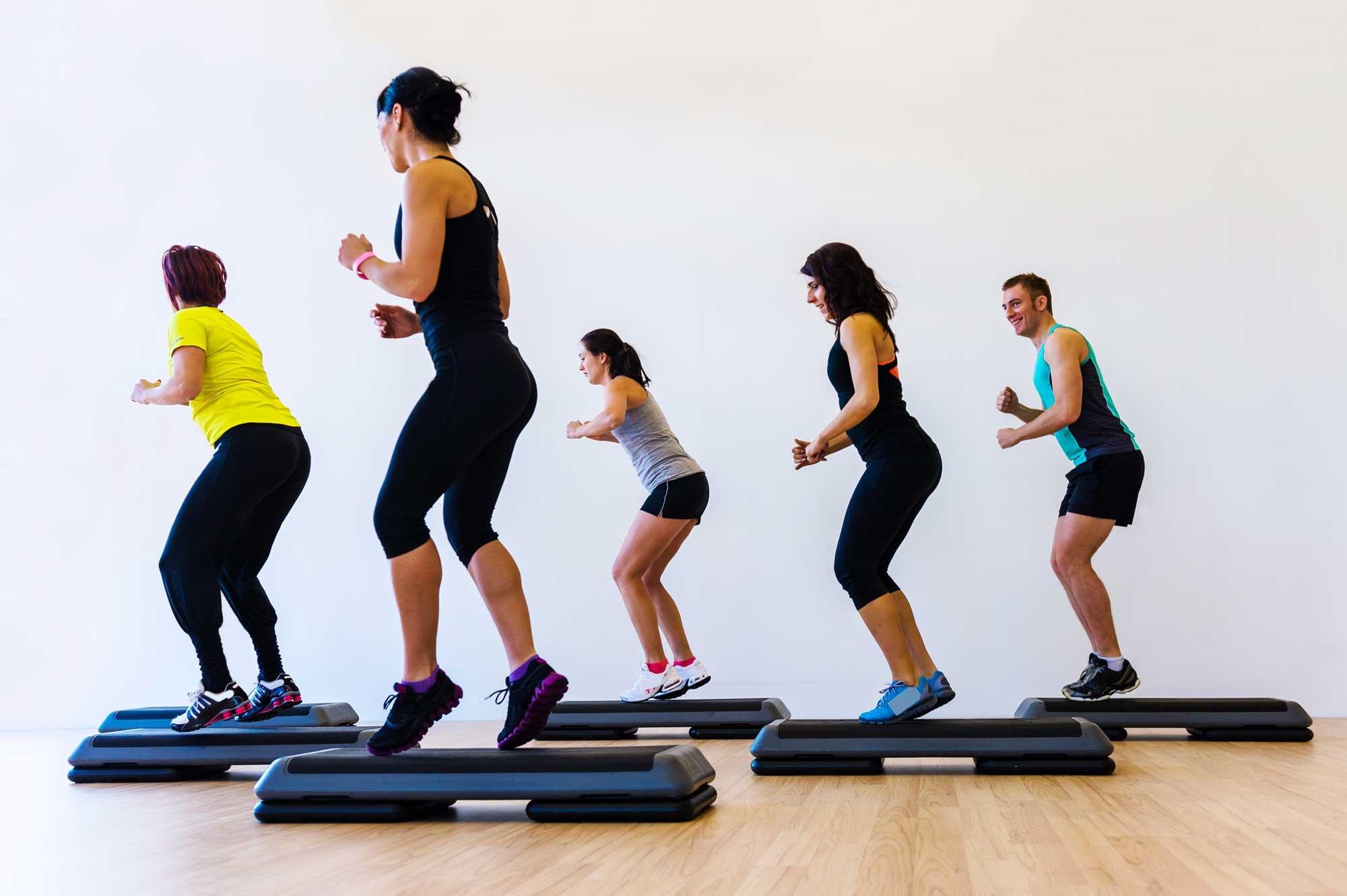 Step Aerobics (Step Class)