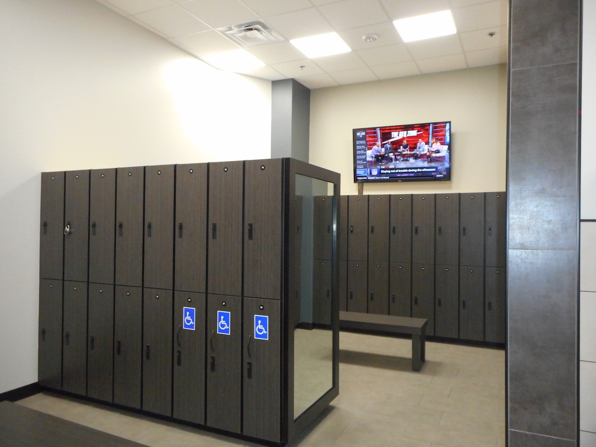 Texas Family Fitness North Fort Worth Locker Room