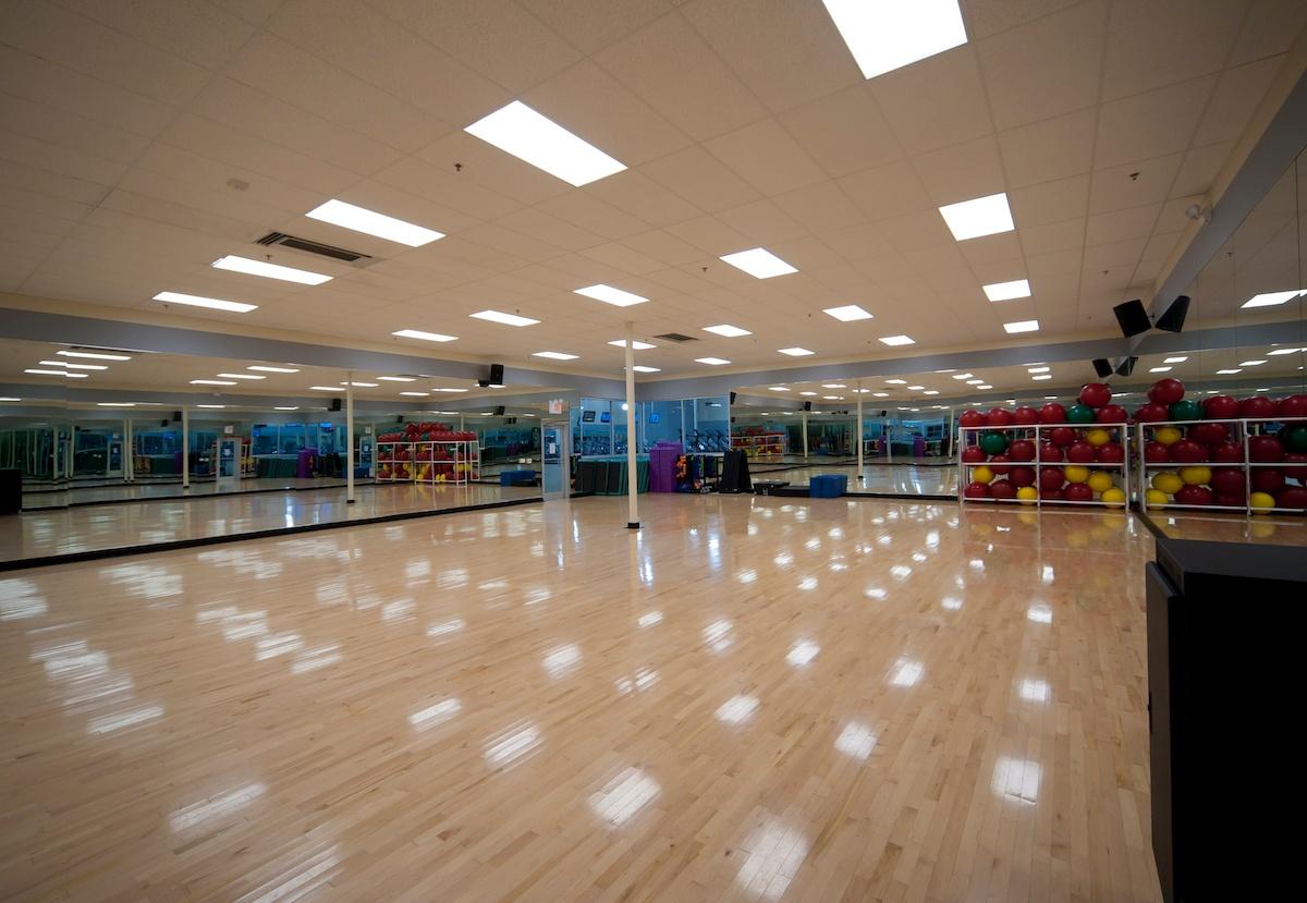 Texas Family Fitness Plano Group X Room